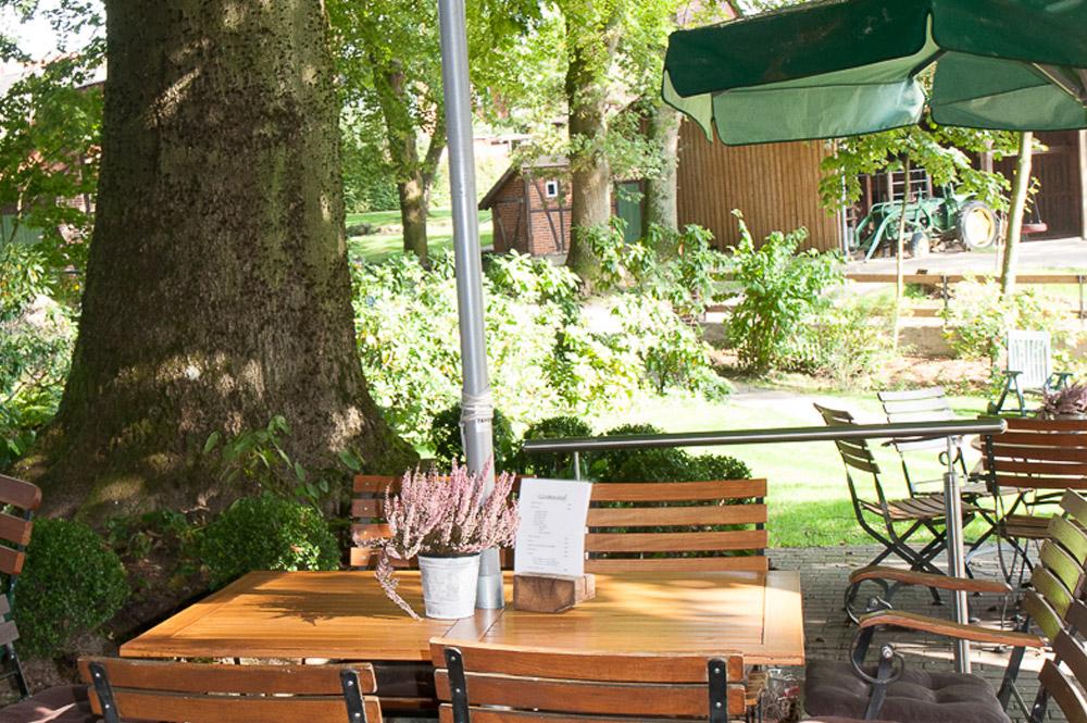 Restaurant & Hof-Café